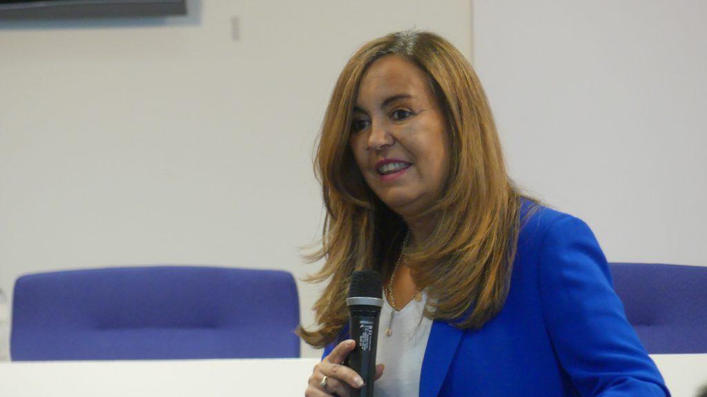 Fátima Martínez López, directora general de Social Media FM y profesora de Google Actívate, durante su ponencia en la presentación del Plan Moda y Hábitat 'Made in Aragón'.