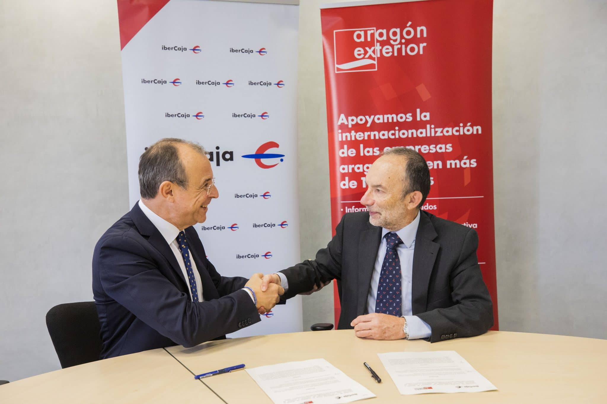 Aragón Exterior e Ibercaja renuevan su acuerdo para desarrollar Desayunos Arex de promoción de la internacionalización