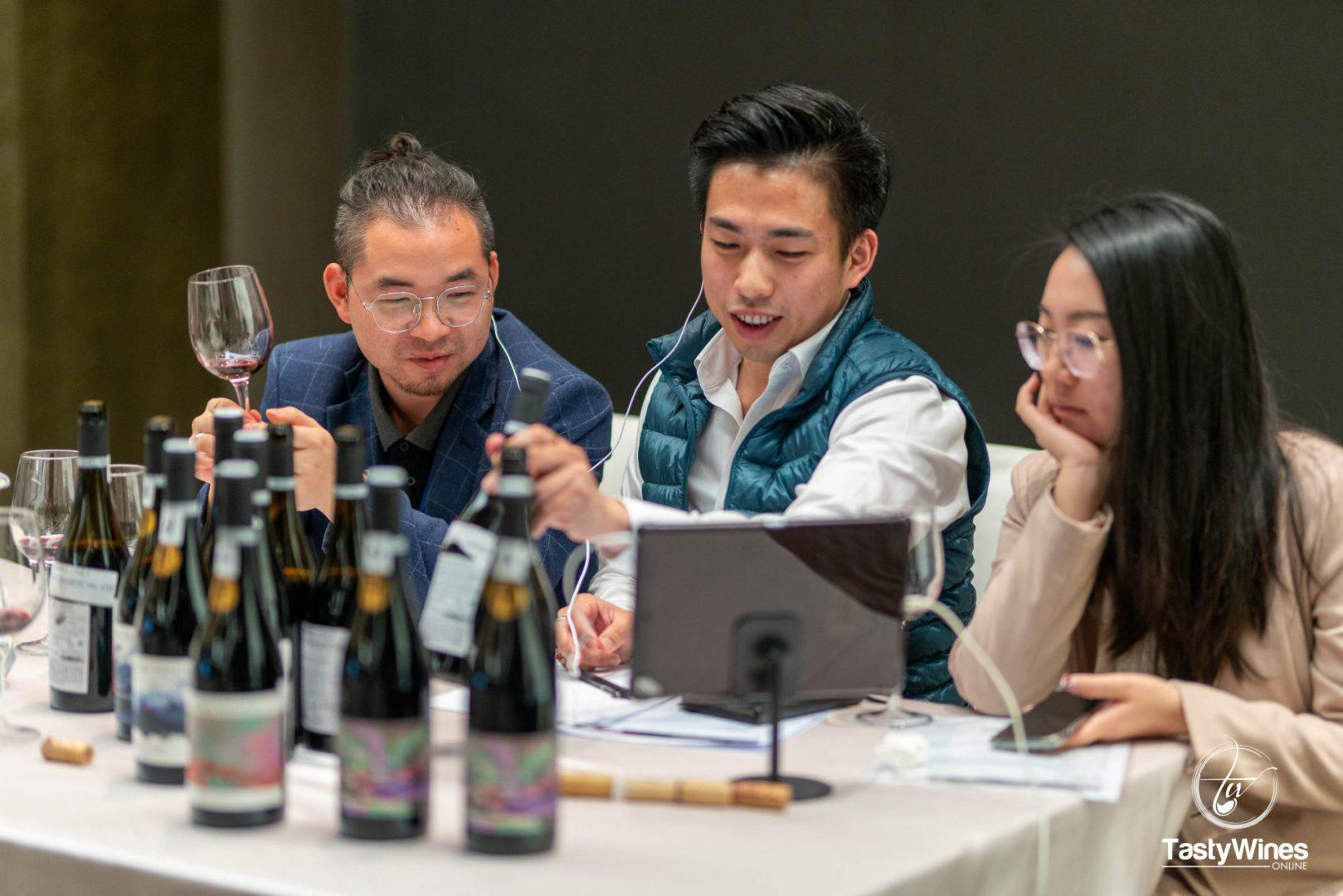 El Gobierno de Aragón respalda la promoción del vino aragonés en Asia